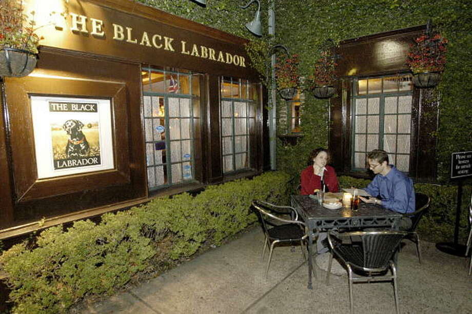 Check out Houston's best British hangouts. The Black Labrador, 4100 Montrose. Photo: Bill Olive, FOR THE CHRONICLE