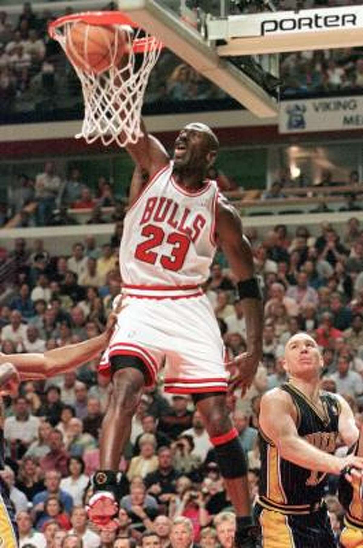 Michael Jordan The iconic Jordan, regarded by many as the game's greatest player, played 14 seasons in the NBA, averaging an all-time best 30.1 points per game along with 6.2 rebounds per game. He won six NBA titles with the Chicago Bulls.