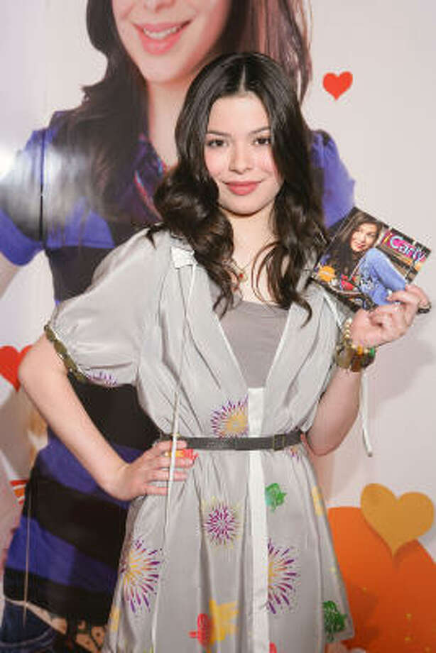 iCarly (Nickelodeon)For Pop's Culture complete review of the fall season click here. Photo: Matthew Peyton, Getty Images