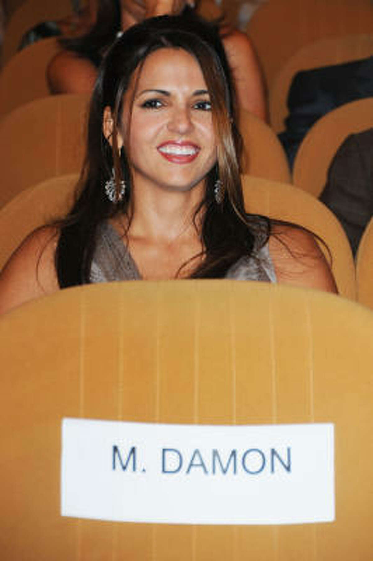Luciana Bozan Barroso, wife of actor Matt Damon, waits for the premier of The Informant at the Sala Grande in Venice.