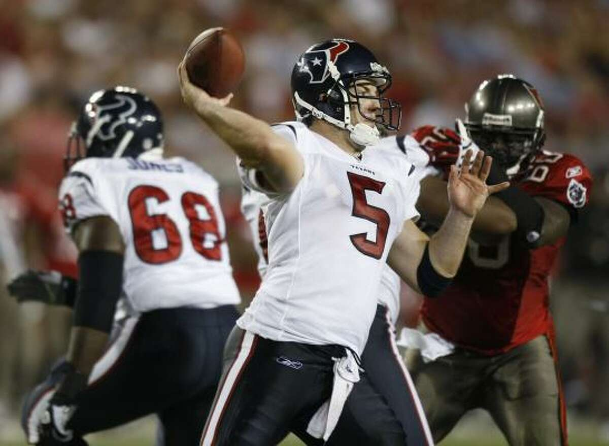 Texans quarterback Rex Grossman, who returned from a hamstring injury, completed 9-of-16 for 197 yards and two touchdowns against the Buccaneers. He led the Texans on four scoring drives.