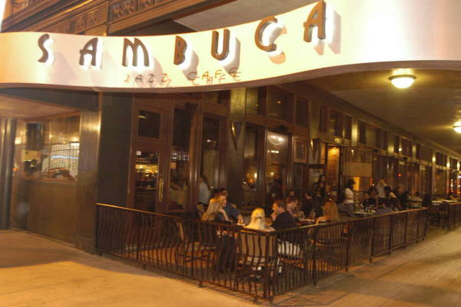 Thinking of taking that special someone out to a romantic restaurant? Here are some choices: Sambuca, 909 Texas Ave. Photo: Bill Olive, FOR THE CHRONICLE