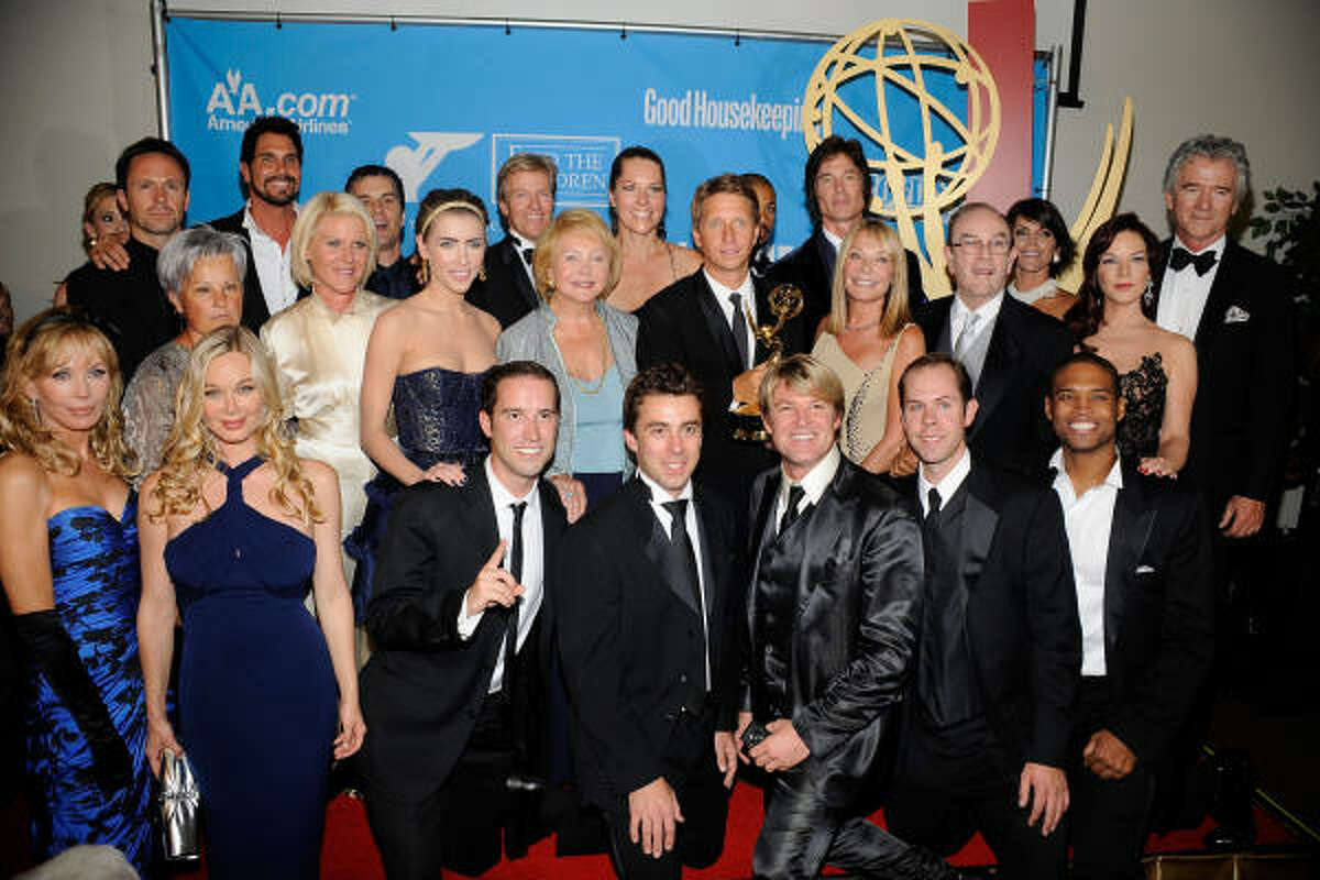 The Bold and the Beautiful took the top prize: Emmy for Outstanding Drama Series. Report, list of winners.
