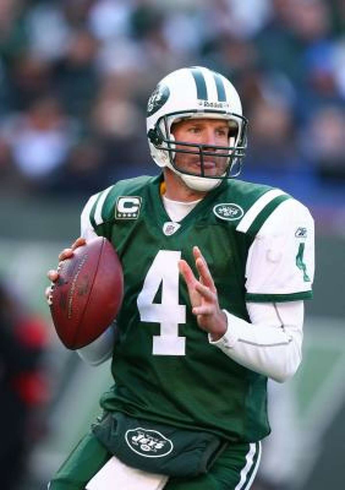 Brett Favre, New York Jets Year: 2008 Age: 39 Record: 9-7 Completions: 343 Attempts: 522 Completion pct: 65.7% Yards: 3,472 Touchdowns: 22 Interceptions: 22