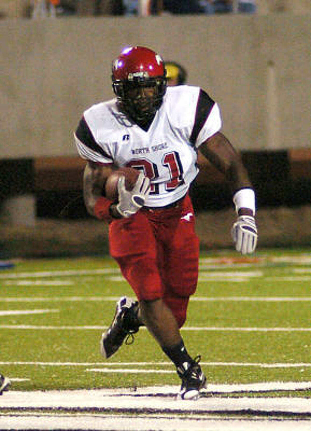 Tracy Woods, RB, North Shore If North Shore wants to beat Katy on Saturday, they must be able to run the ball. Woods (824 yards, 10 TDs in '08) will be the focal point.