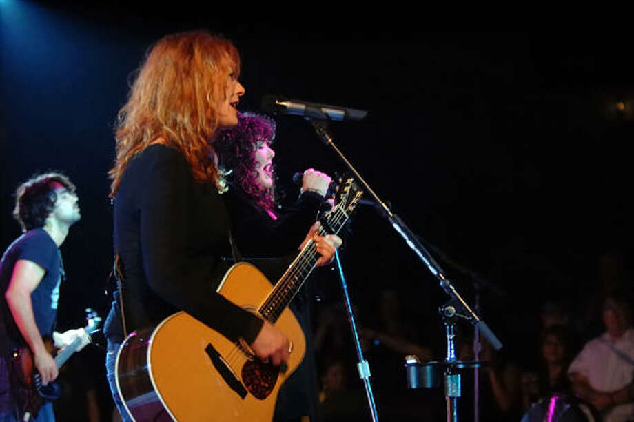 Heart's Nancy Wilson captivates Houston at the Arena Theater. Photo: Tre' Ridings, For The Chronicle