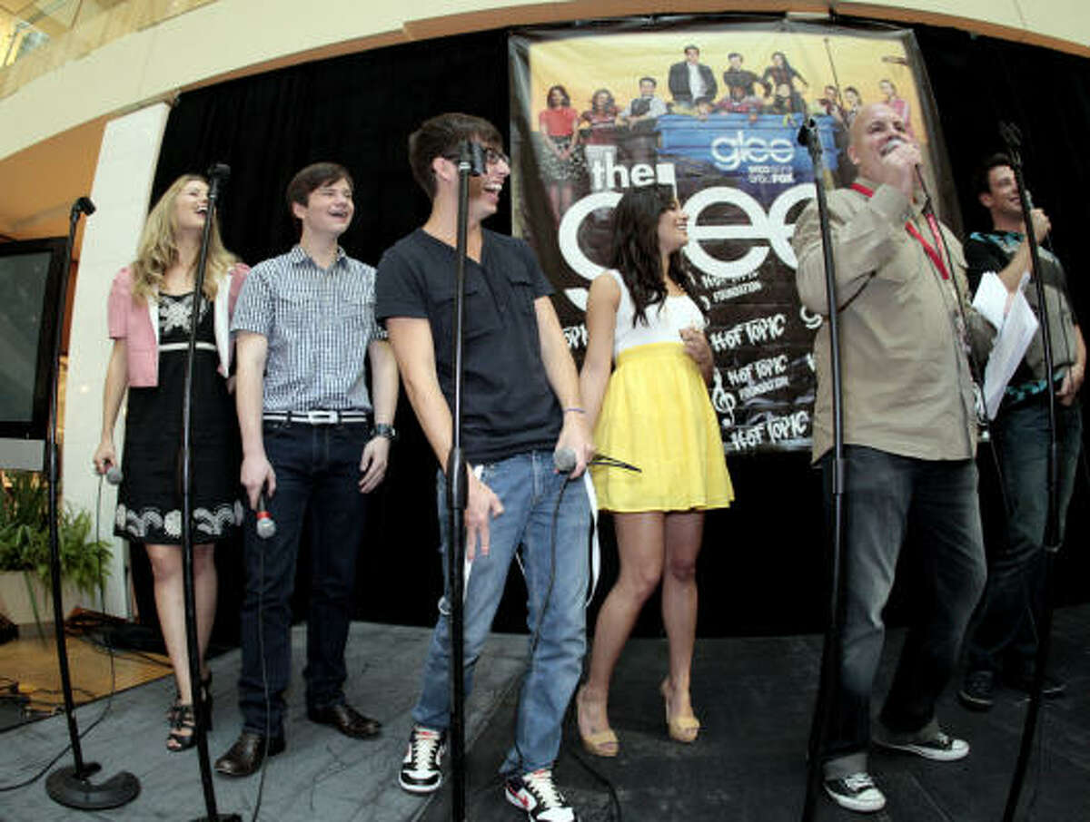 Cast members from left: Dianna Aragon, Chris Colfer, Kevin McHale, Lea Michele, Amber Riley, Cory Monteith, Mark Salling and Jenna Usjkowitz.