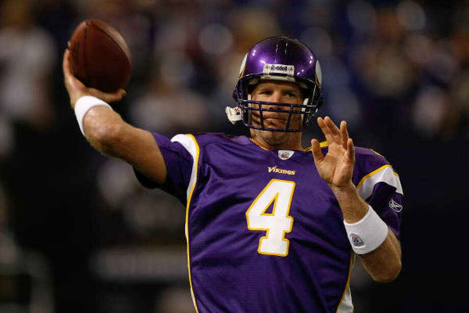 After yet another brief retirement, Brett Favre will be under center for the Minnesota Vikings this season. Photo: Scott Boehm, Getty Images
