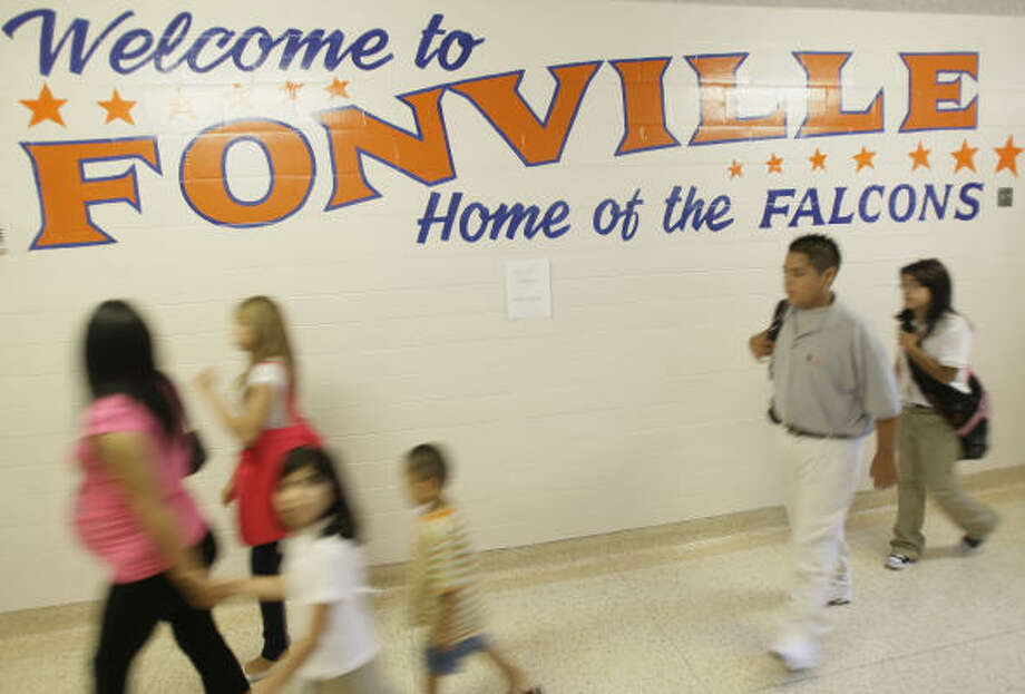 The first day of school unfolds at  Fonville Middle School , 725 East Little York Road. Photo: Melissa Phillip, Chronicle
