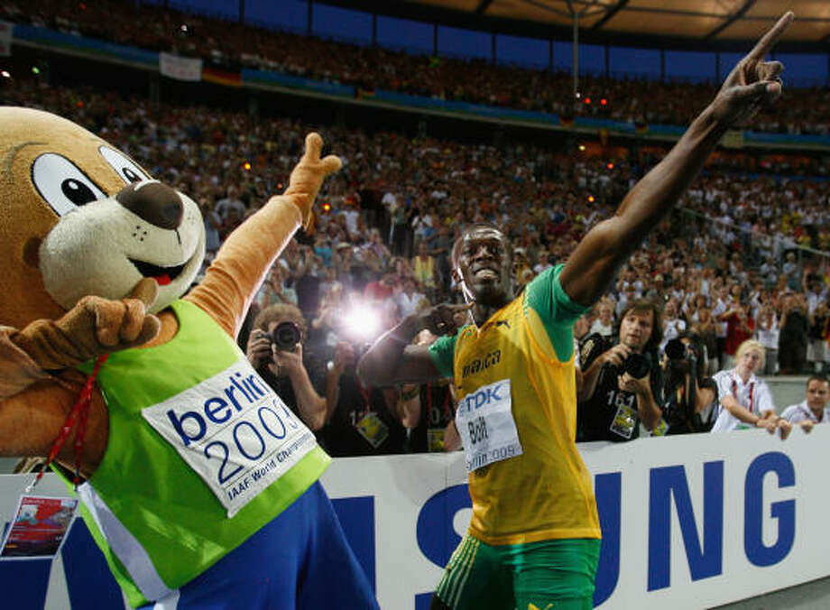 Usain Bolt of Jamaica celebrates winning the gold medal in the men's 200 meters final during day six of the 12th IAAF World Athletics Championships at the Olympic Stadium in Berlin. Photo: Andy Lyons, Getty Images