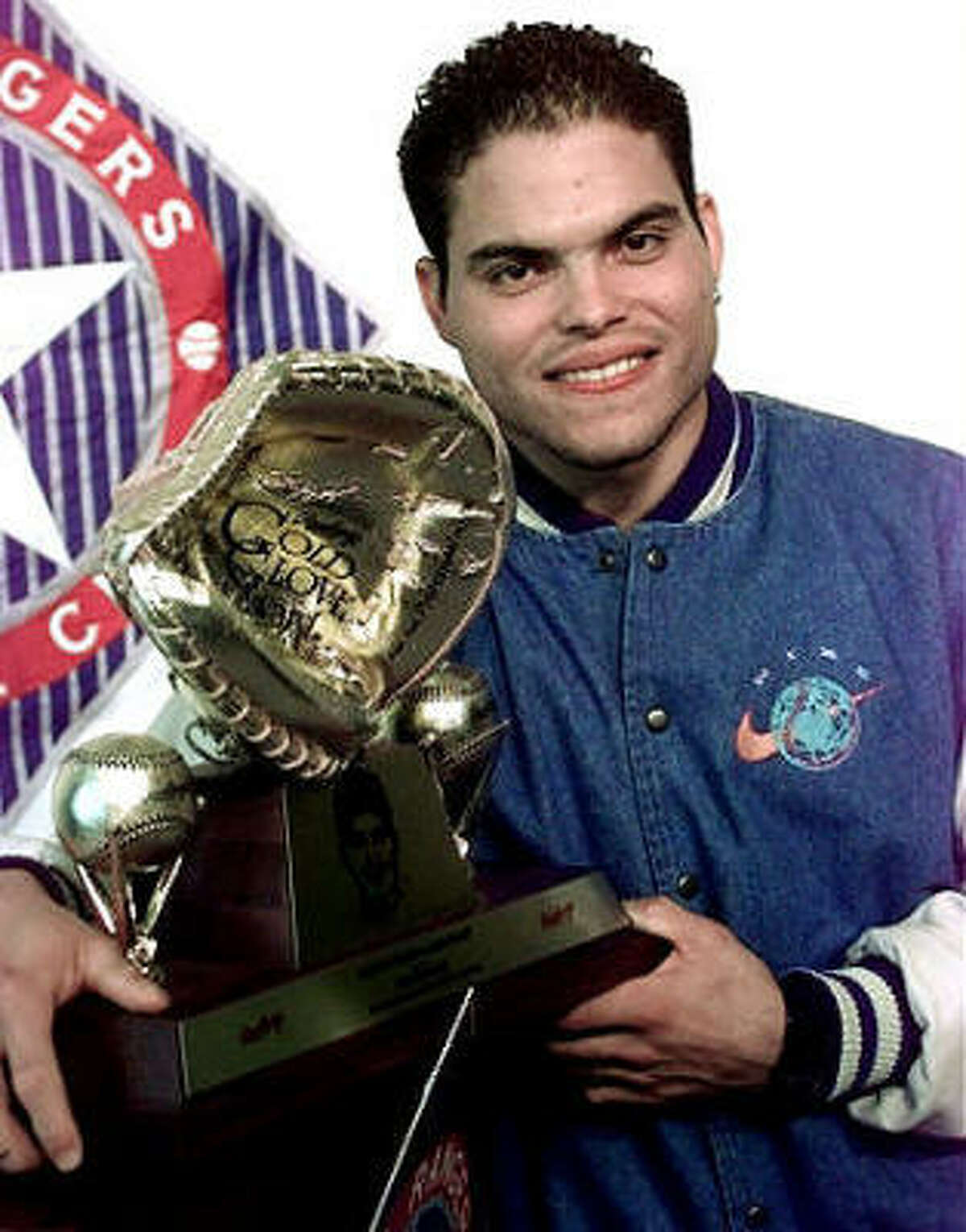 1992 Rodriguez had a break out year making his first all-star team and winning his first Gold Glove Award.