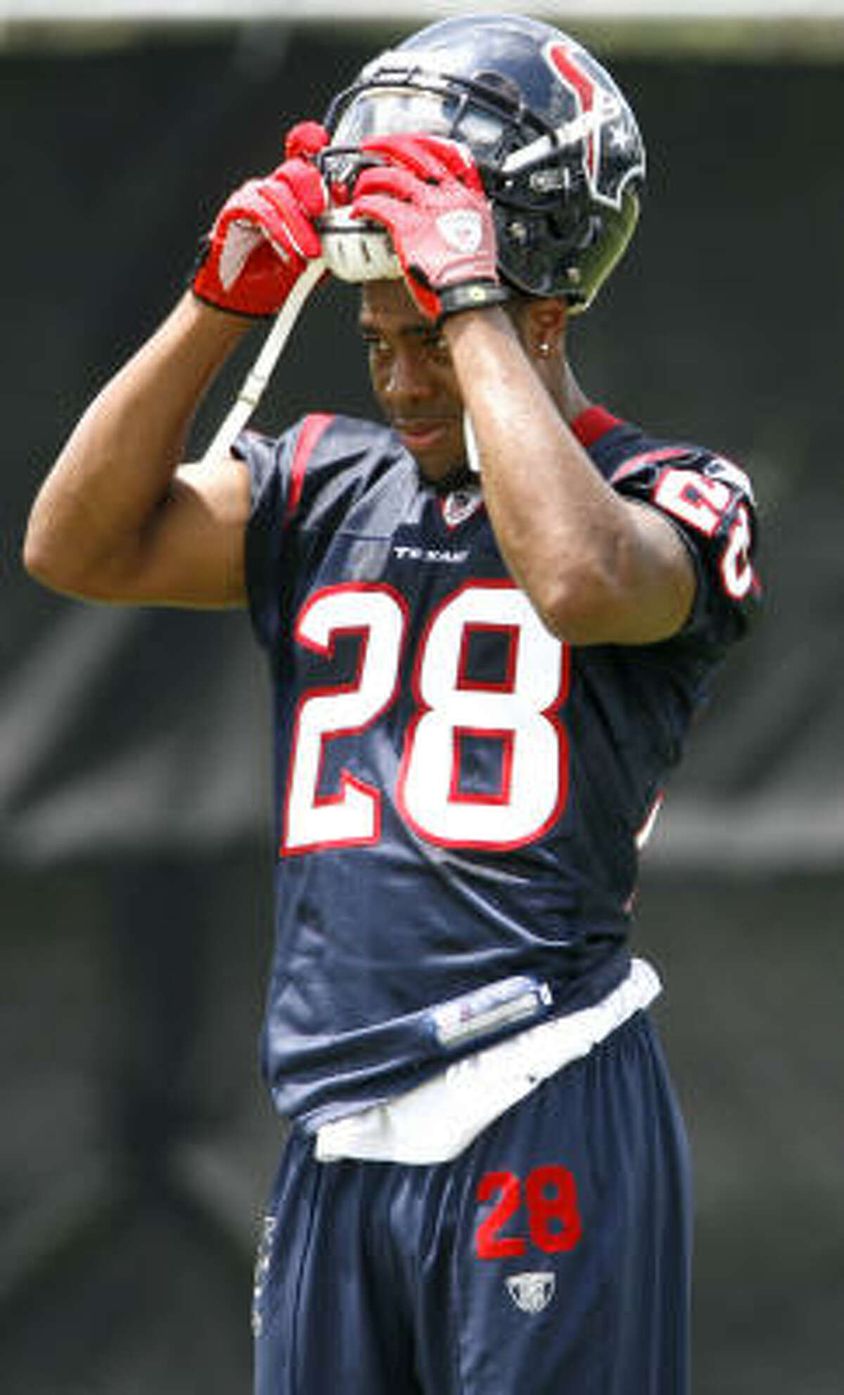 Texans cornerback Antwaun Molden returned to practice after missing time with a foot injury.