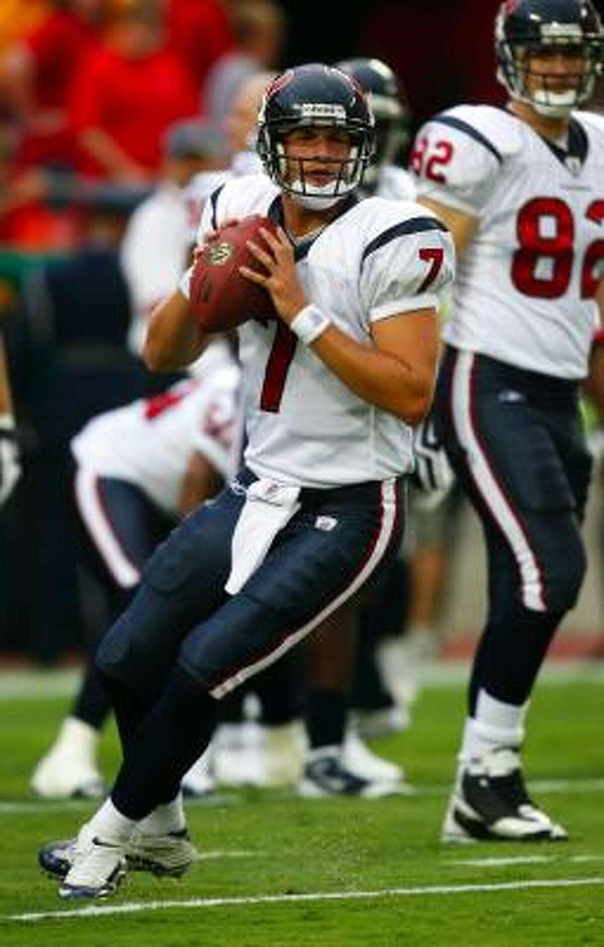 Texans backup quarterback Dan Orlovsky warms up prior to the preseason game against the Kansas City Chiefs at Arrowhead Stadium.