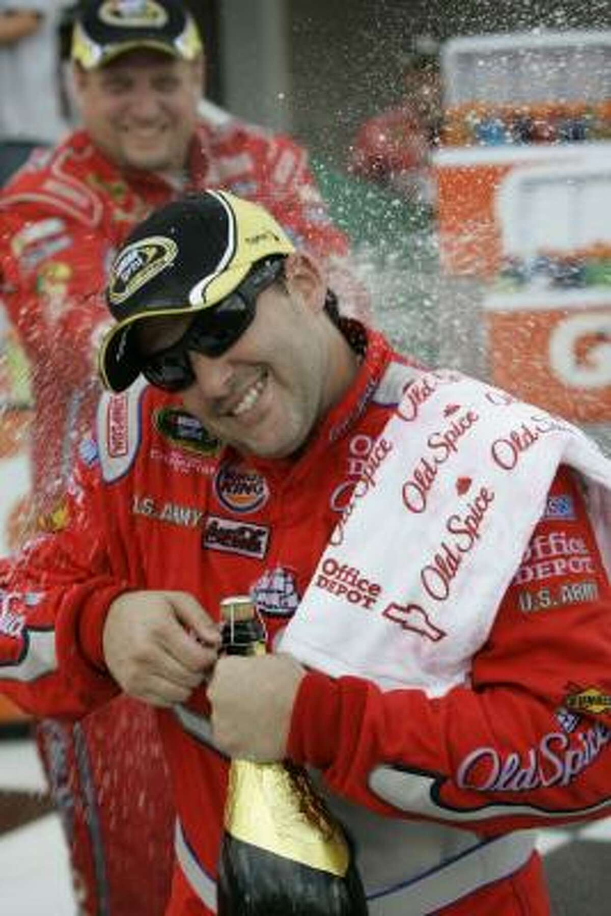 Points leader Tony Stewart tops the list with 3383 points and 18 top-10 finishes.