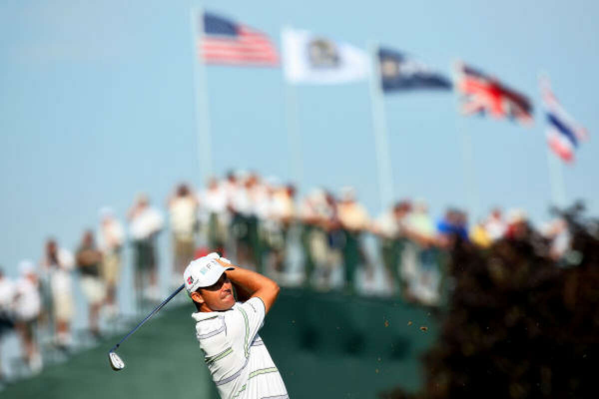 Hazeltine in Chaska, Minn., provided perfect conditions for the early groups on the first day of the PGA Championship.