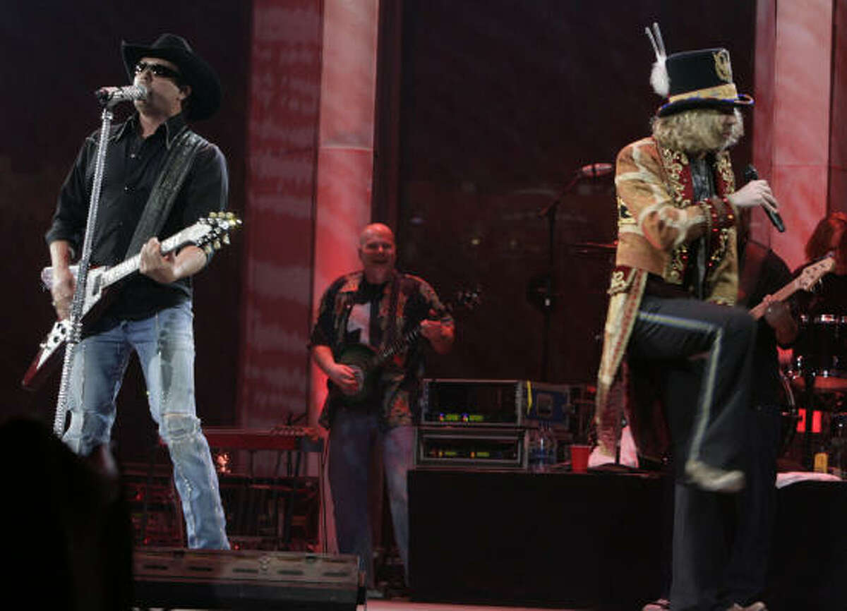 Big and Rich at Reliant Stadium during the 2008 Houston Rodeo.