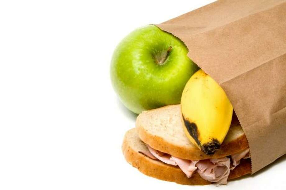 Here are some kid-friendly, healthful brown bag ideas. Photo: Robert Byron, Rob Byron