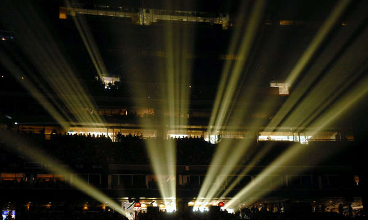 Light beams into Reliant before Sugarland performs. Read the review here.