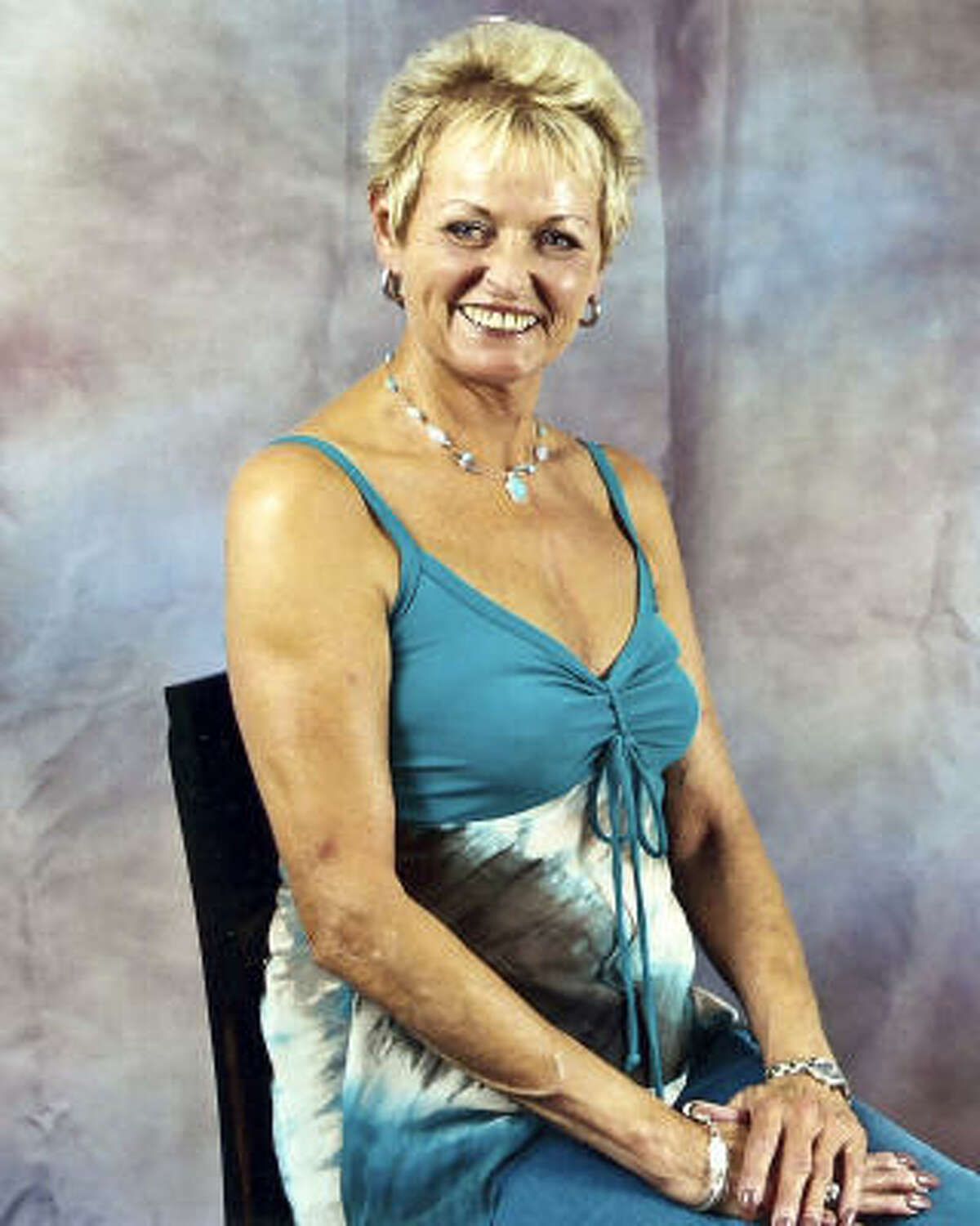 Sharon Moore, 58 Died in 2006 in Moses Lake, Wa., from what the coroner said was an overdose of painkillers that had been increasingly prescribed by her doctor.