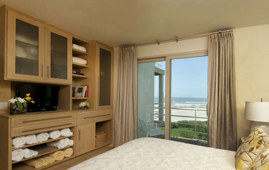 Bass designed the new cabinetry, such as this built-in in one of the bedrooms. Photo: Don Glentzer