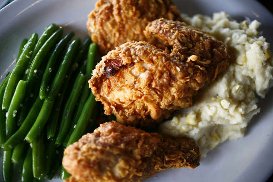 As $17.95 fried chicken plates go, Frank's is a very good one. The buttermilk fried chicken has a fine, salty crunch to it, and even the white meat (one piece out of three sizeable ones) was juicy. Photo: Michael Paulsen, Chronicle