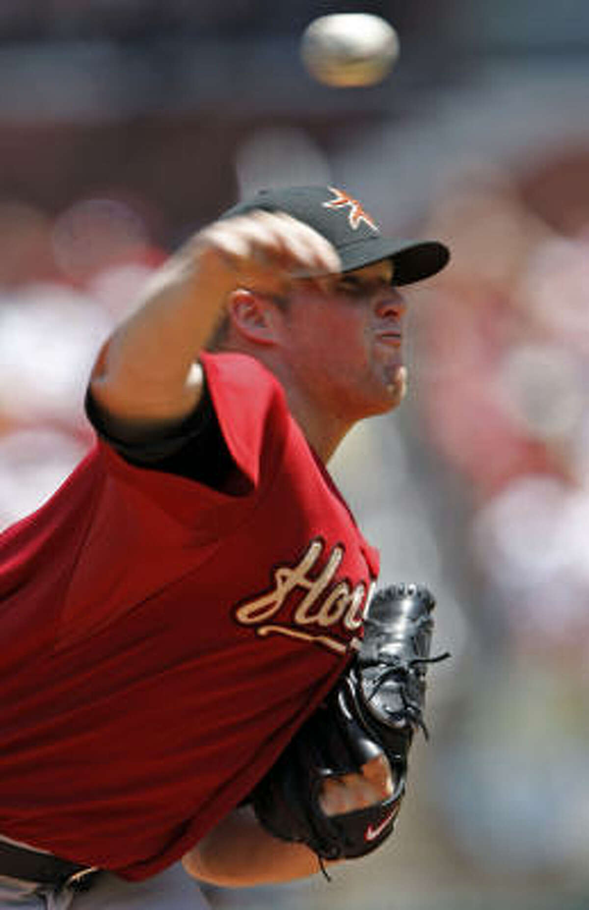 Astros starter Bud Norris held the Cardinals to just two hits in seven shutout innings of work.
