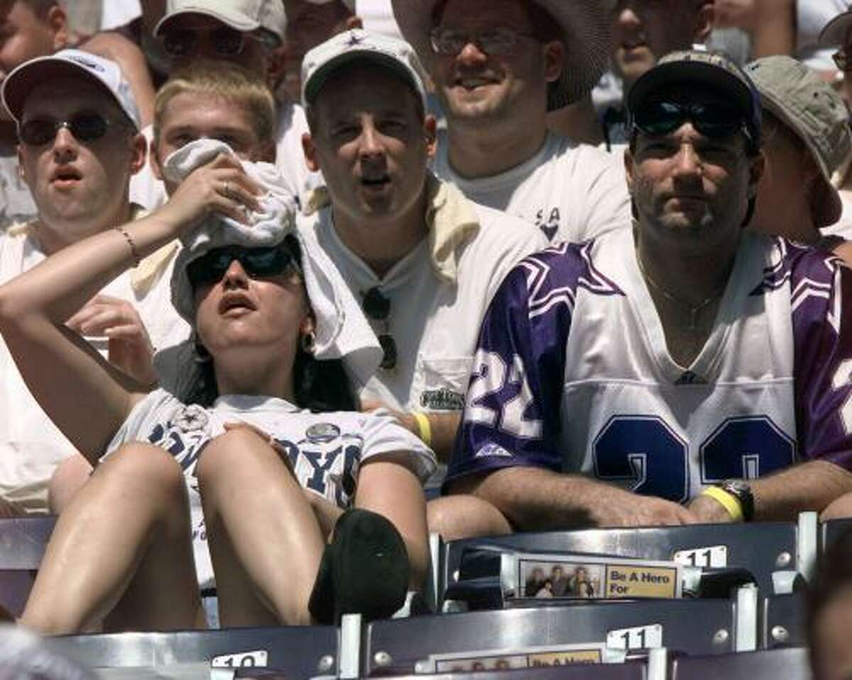 No. 3: Dallas Broiling their brains in the sun hasn't cost the fans their sports smarts.