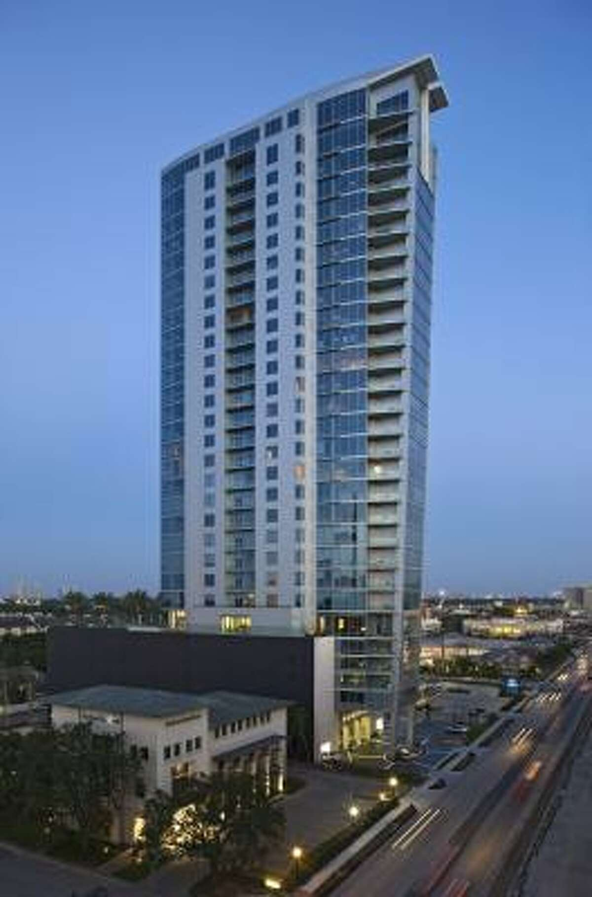 2727 Kirby is a modern, 30-story condominium with more than six dozen units..