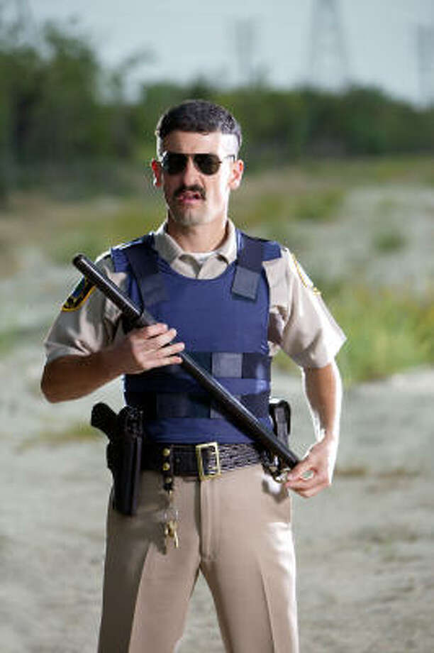 Reno 911 | Pull over part deux. | Rating: 10. Photo: Daniel Longmire, Comedy Central