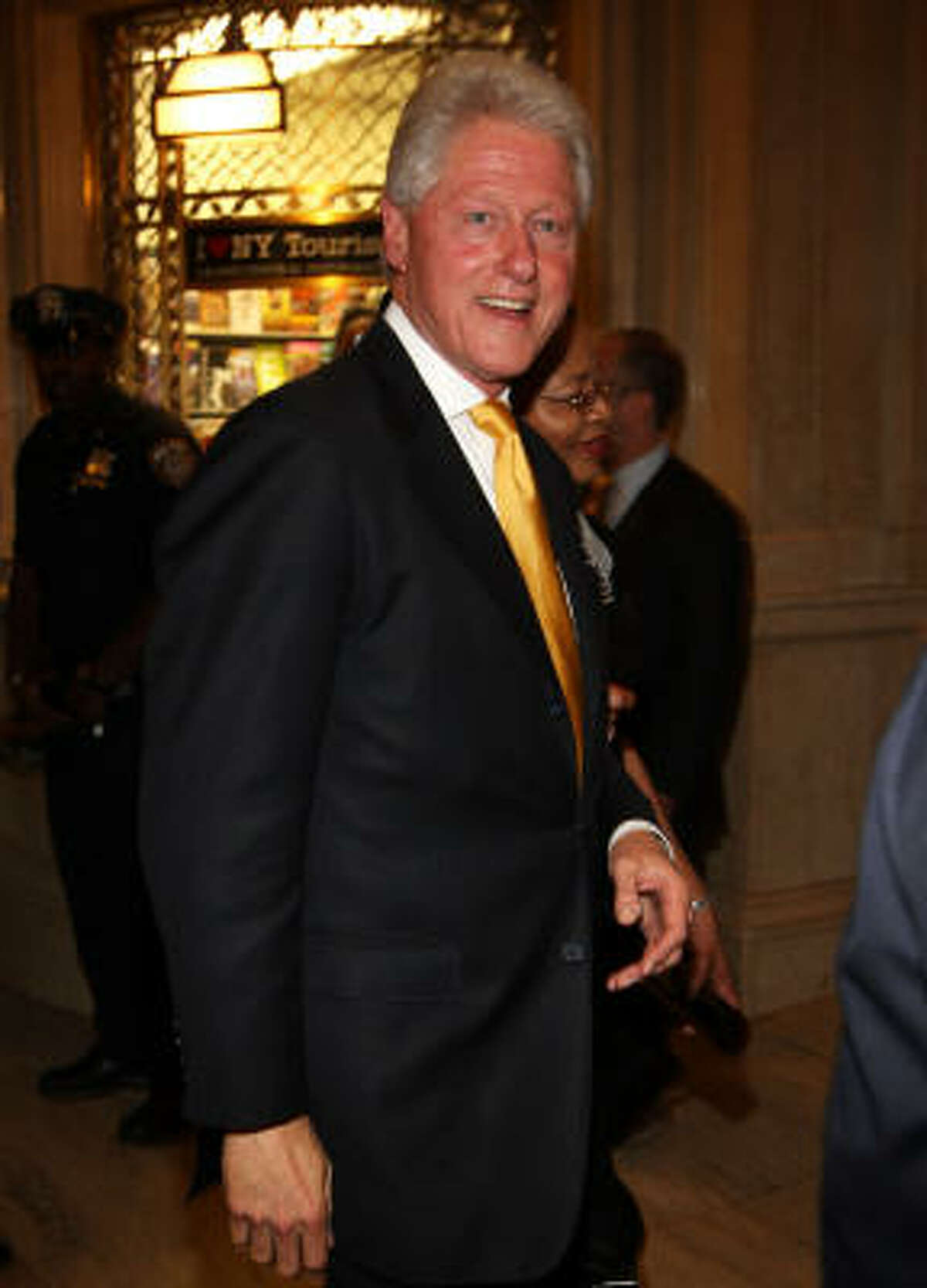 Bill Clinton went from the most hated husband in America to being the apple of democrats' eyes again.