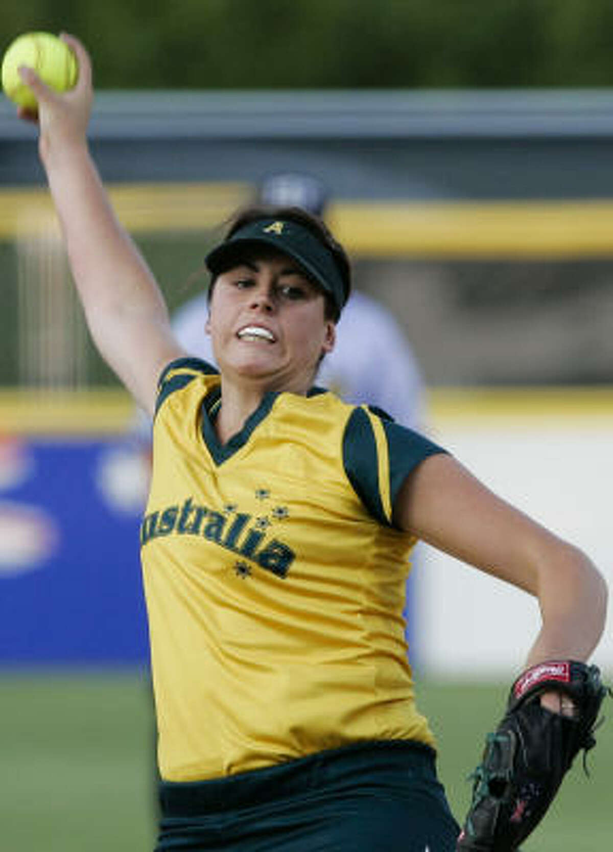 World Cup Final: United States 3, Australia 1 Australia's Justine Smethurst pitches against the U.S. in the first inning.
