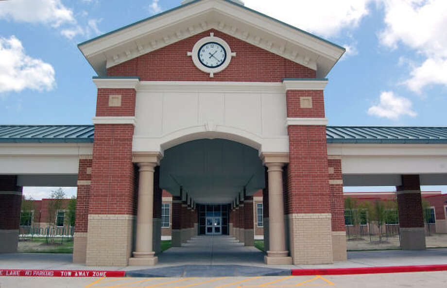 Mossman Elementary is located in the Education Village off of Highway 96 in League City. Photo: Wendy Rudnicki, For The Chronicle