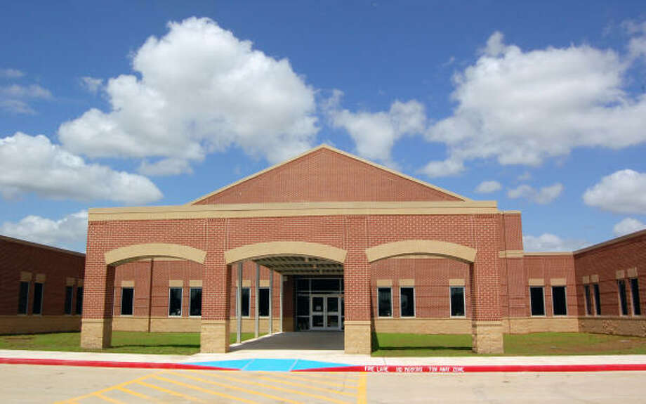 Ralph Parr Elementary School is almost complete on Highway 3 in League City, between Highway 96 and FM 518. It is named after a longtime Clear Creek ISD school board member who retired in the spring. Photo: Wendy Rudnicki, For The Chronicle
