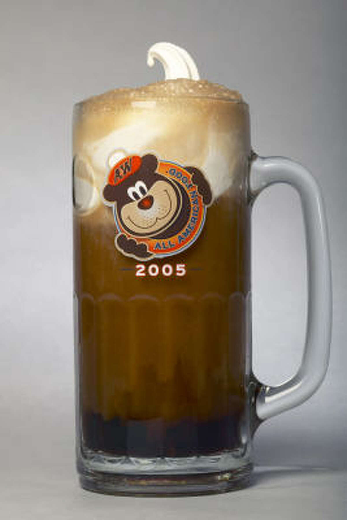 There is nothing more refreshing that a tall glass of root beer float. Vote in our Ultimate poll for the best place in town to get them, or share your favorite place. Meanwhile, here's how you can make it at home.