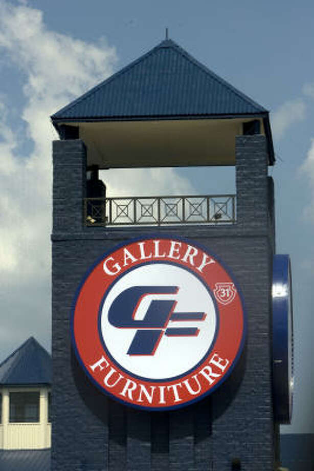A new sign at Gallery also honors firefighters. Photo: Johnny Hanson, Chronicle