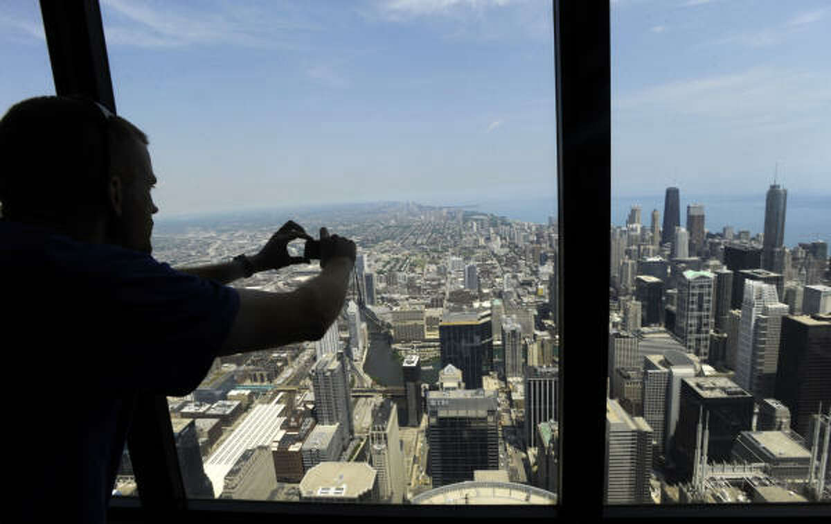 Before The Ledge, visitors to the Sears Tower kept safely behind glass windows and solid flooring.