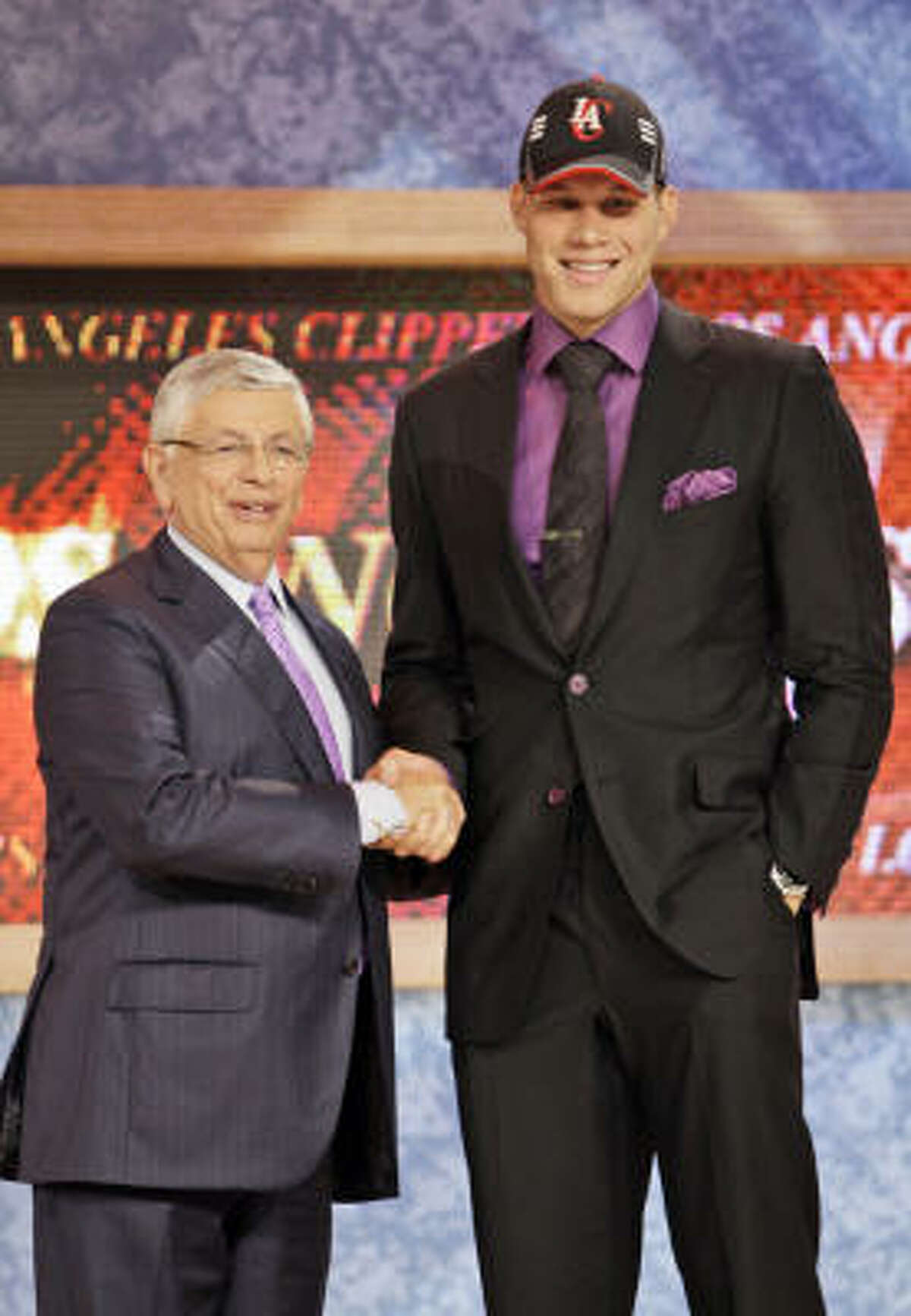 1. Los Angeles Clippers Los Angeles Clippers select Blake Griffin, a forward from Oklahoma.