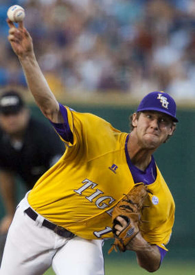 LSU starter Austin Ross lasted two innings against the Longhorns, giving up two runs on four hits and including a home run to Preston Clark in the second inning. Photo: Nati Harnik, AP