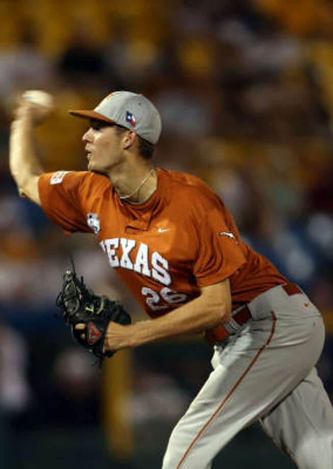 Texas starter Taylor Jungmann threw a complete game, holding LSU to one run on five hits with nine strike outs and two walks. Texas won 5-1 to force a decisive Game 3. Photo: Elsa, Getty Images