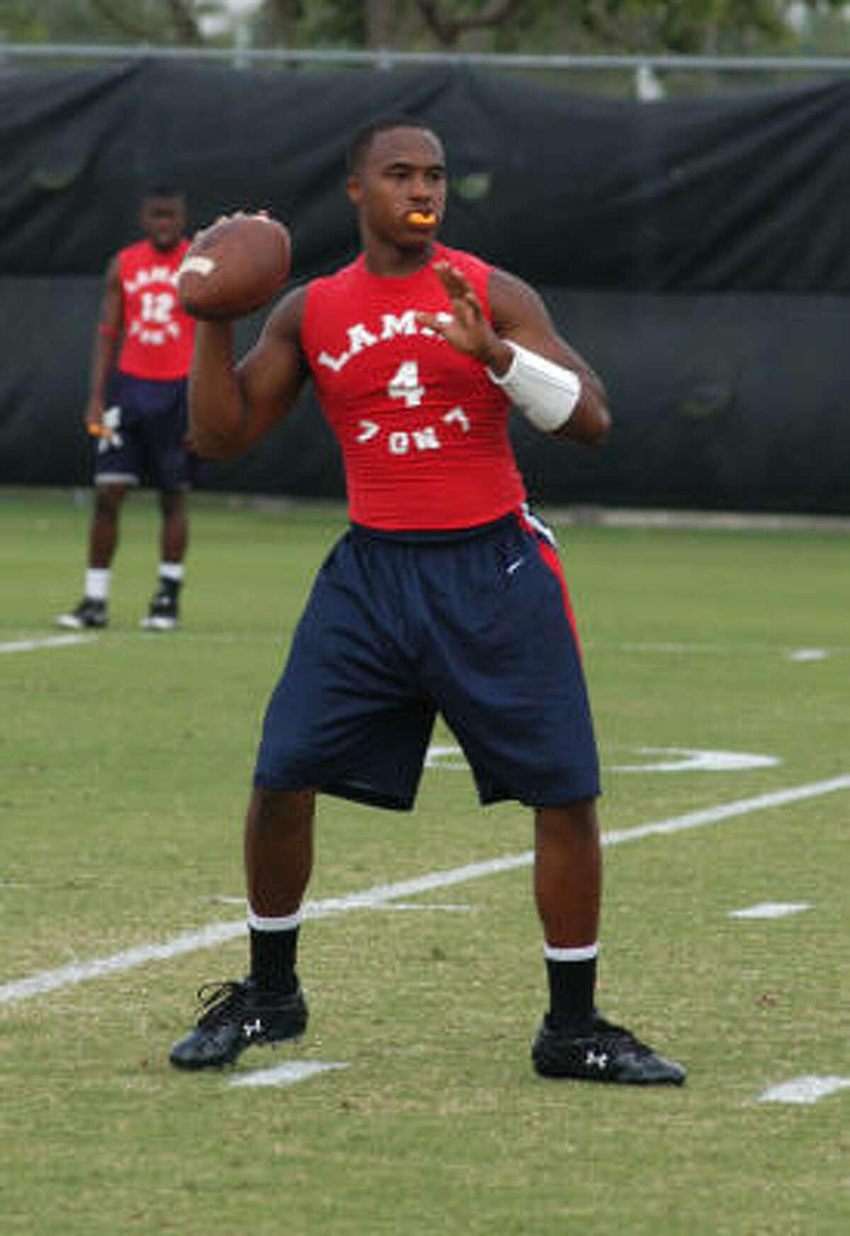Lamar sophomore quarterback Darren Ervin