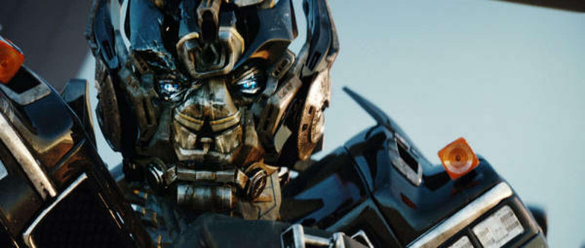The Autobot Ironhide returns.