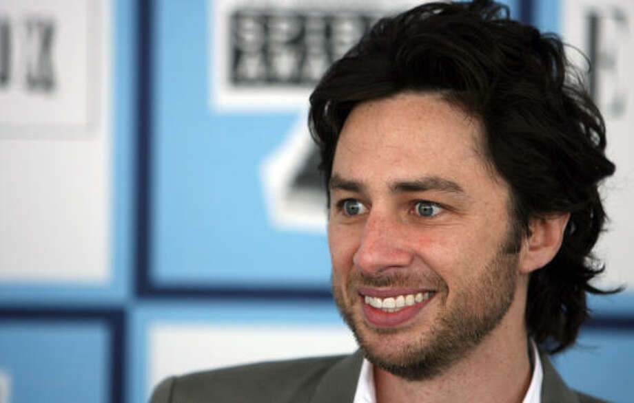 """Zach Braff says""""If you're having a melancholic Valentines Day, remind yourself you're not stuck on a poo covered Carnival Cruise."""" Photo: GABRIEL BOUYS, AFP/Getty Images"""