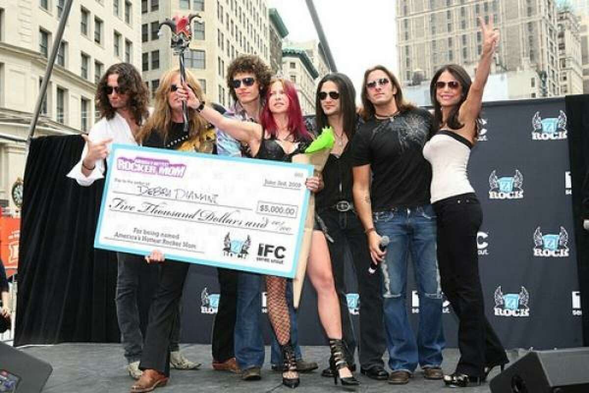 The rocker mom winner was Debra Diamant of Los Angeles.