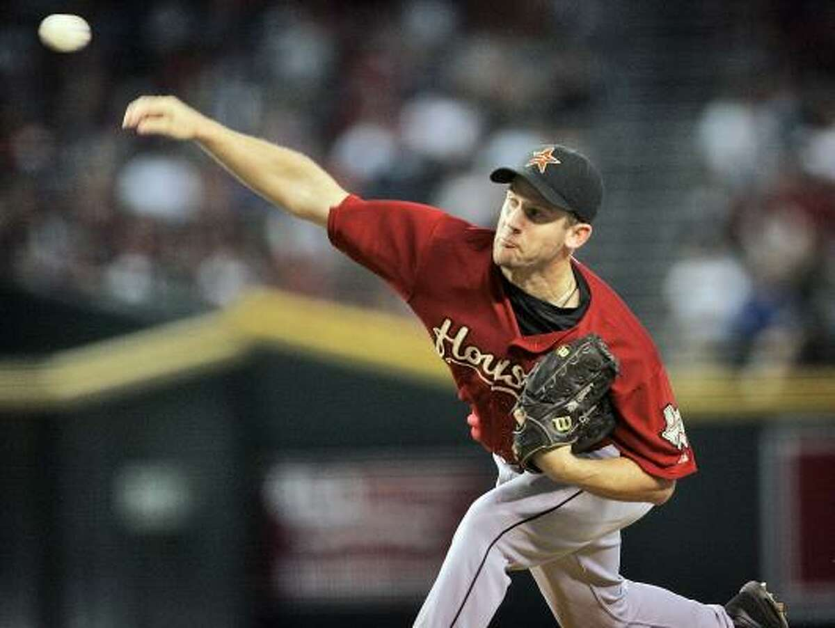 Houston pitcher Roy Oswalt delivers against Arizona during the first inning.