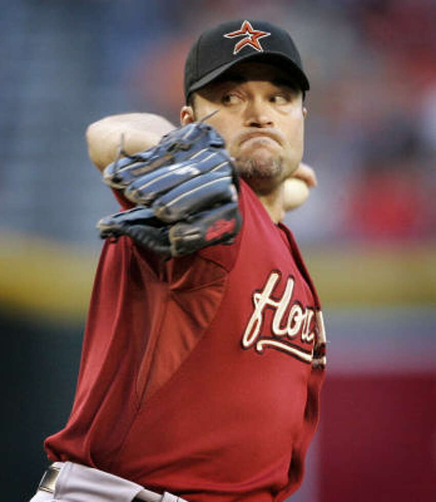 Houston Astros pitcher Mike Hampton works against the Arizona Diamondbacks during the first inning.