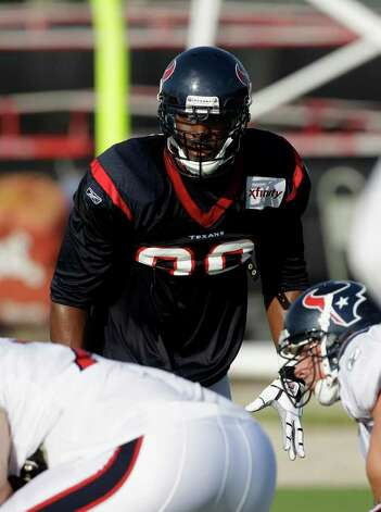 Houston Texans defensive end Mario Williams (90) during an NFL football training camp practice Thursday, Aug. 4, 2011, in Houston. (AP Photo/David J. Phillip) Photo: David J. Phillip/Associated Press