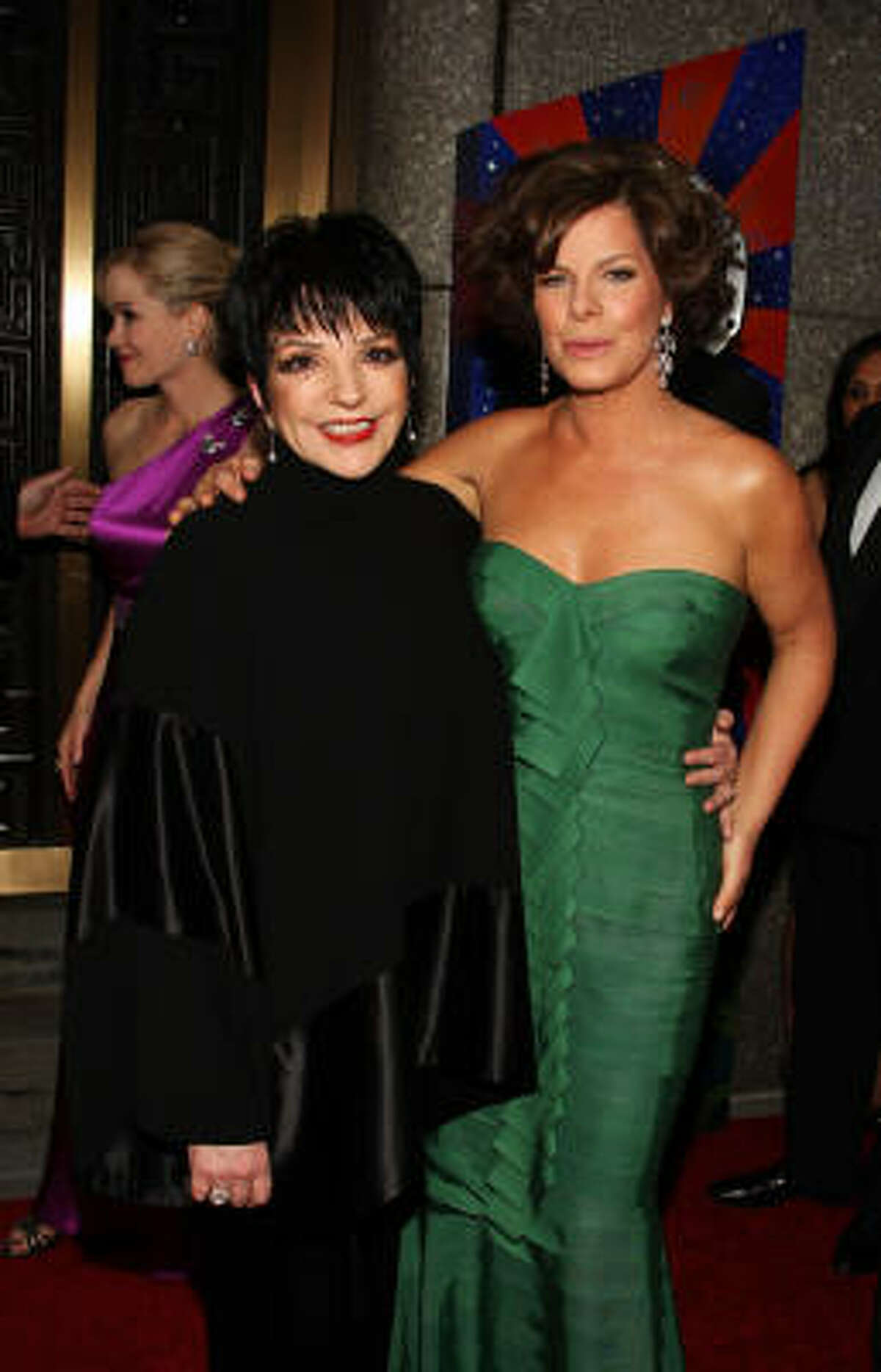 Liza Minnelli and Marcia Gay Harden