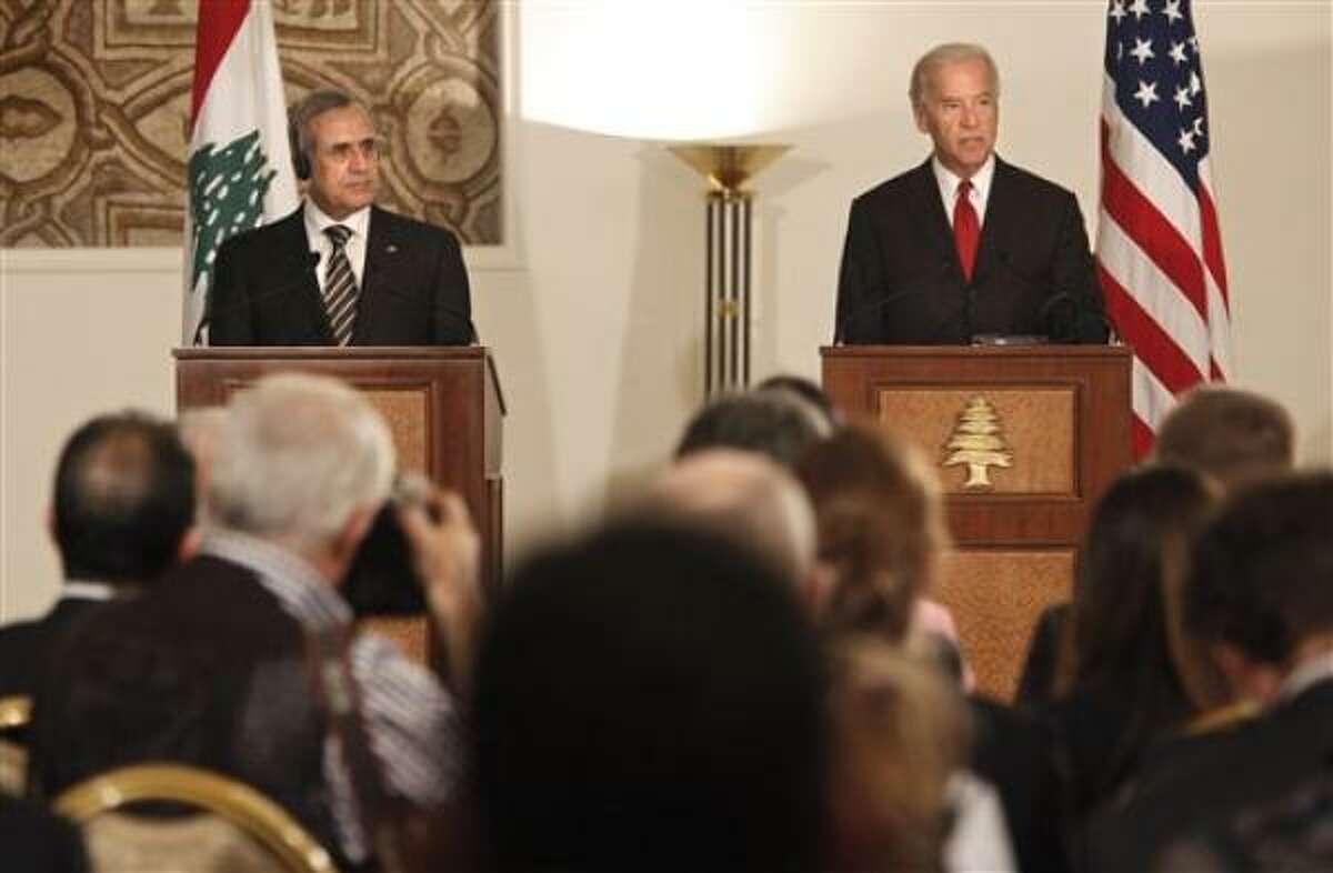 El vicepresidente estadounidense Joe Biden, derecha, durante una conferencia de prensa junto con el presidente libanés Michel Suleiman en el Palacio Presidencial en Baabda, al este de Beirut, el viernes 22 de mayo del 2009