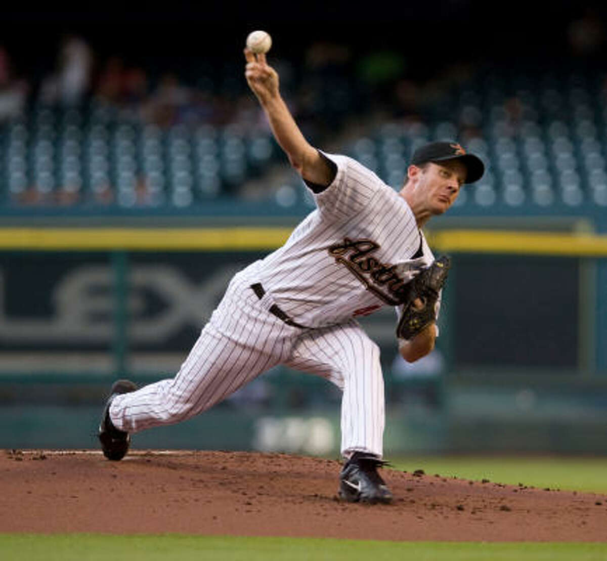 Astros starter Roy Oswalt left with his sixth no-decision of the year, giving up three runs in 6 1/3 innings.