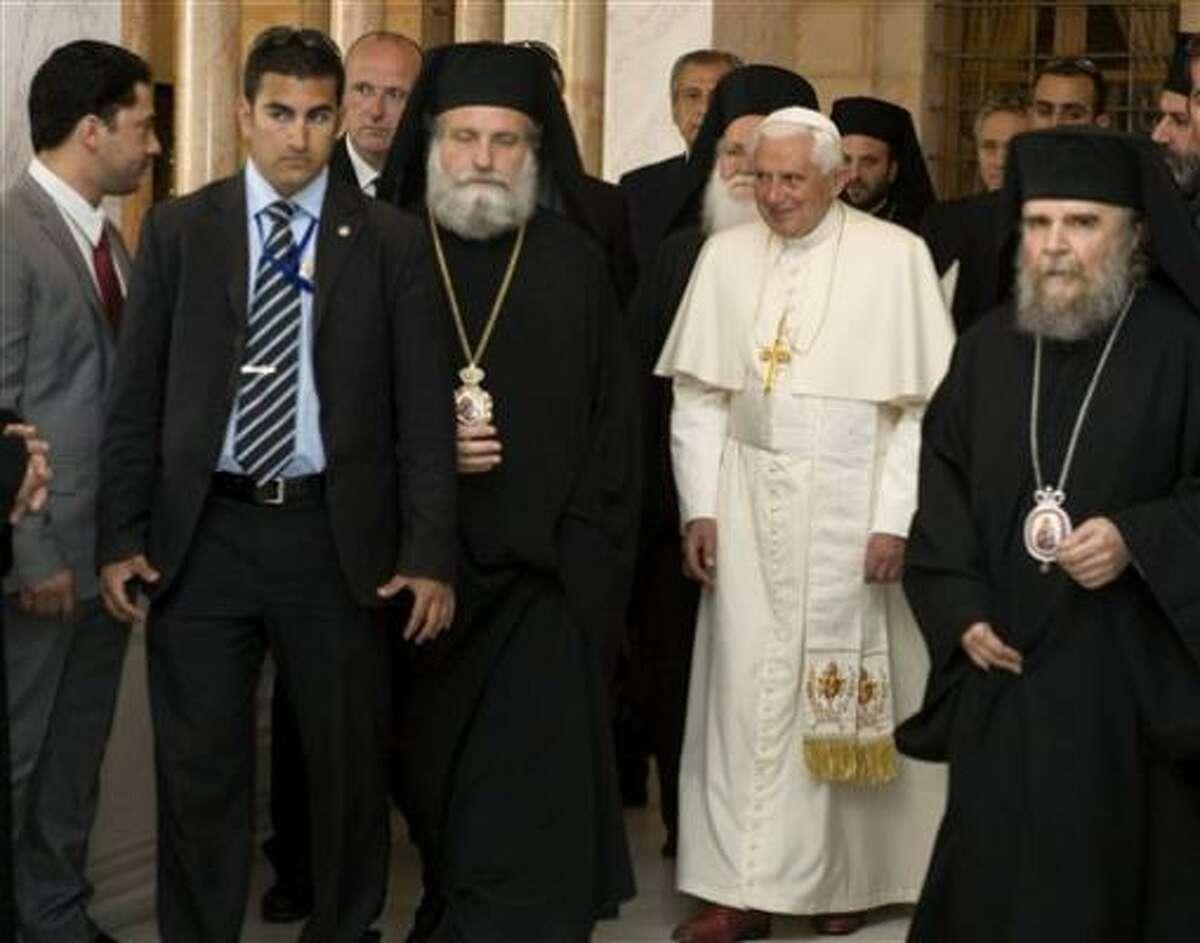 El Papa Benedicto XVI visita el Patriarcado Griego Ortodoxo en la Ciudad Antigua de Jerusalén el viernes 15 de mayo del 2009.